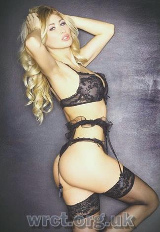 Greek Escort Adelly (27 years old) Image 2