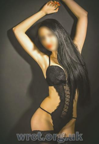 British Escort Amy Belle (25 years old) Image 2