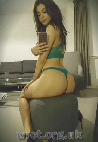 British Escort Cassia (21 years old) Image 1