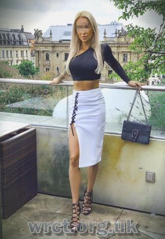Maltese Escort Evaa (19 years old) Image 2