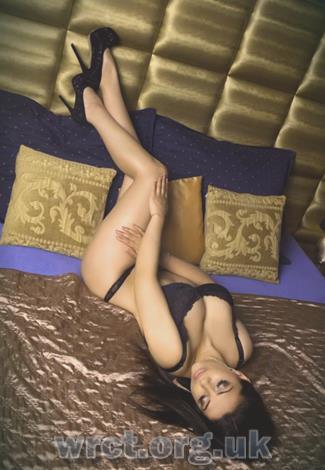 Irish Escort Sara (28 years old) Image 2