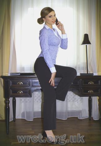 Scottish Escort Viviana (22 years old) Image 2