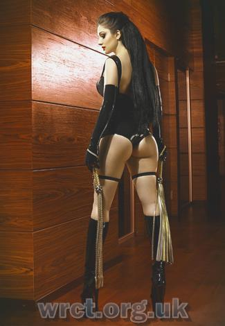 Argentine Escort Willow (31 years old) Image 2